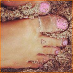 Heart toe tattoo
