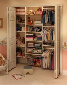 Closet shelving for a kids room. This makes so much sense to have great organization from the start Closet Shelves, Closet Storage, Closet Doors, Closet Organization, Baby Storage, Wire Storage, Attic Storage, Organization Ideas, Kid Closet