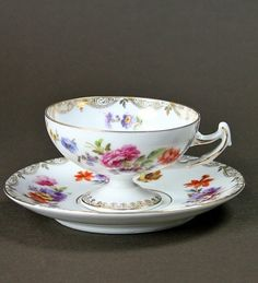 Antique Mocha cup Dresden