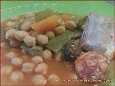 Lambruchona. Potaje de garbanzos con habichuelas y calabaza