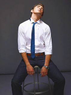 lee pace. (neck!!!!! stop)