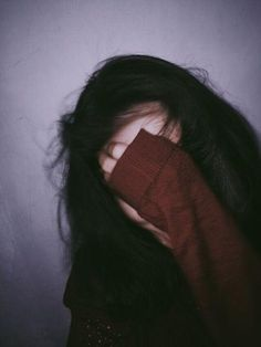 Image about girl in ulzzang by 태태 on We Heart It Bad Girl Aesthetic, Aesthetic Grunge, Aesthetic Photo, Aesthetic Pictures, Image Tumblr, Photos Tumblr, Tumblr Selfies, Girl Photography Poses, Tumblr Photography