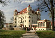 Pałac Wojanów & SPA Wojanów 9 58-508 Jelenia Góra Nie znam jakości noclegów, ale wnętrza i kawiarnia robi wrażenie.