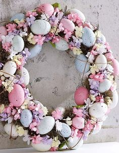 Find more sweet and fun ideas for the Easter time and that will give a blast to your decoration and a good time for children. Click in the image to find more inspirations or go to CIRCU. Easter Gift, Easter Crafts, Bunny Crafts, Easter Ideas, Easter Wreaths, Christmas Wreaths, Party Vintage, Diy Osterschmuck, Cross Wreath