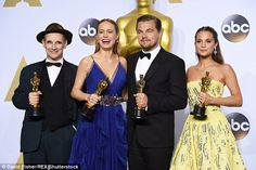 Mark Rylance, Brie Larson, Leonardo DiCaprio, and Alicia Vikander posed backstage at the Oscars
