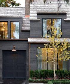 Exterior Paint Schemes, Best Exterior Paint, House Paint Exterior, Exterior Paint Colors, Exterior Siding, Exterior House Colors, Grey Siding, Siding Colors, Brick Colors