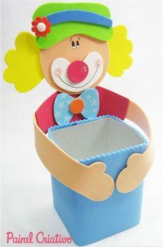 רעיונות למשלוחי מנות מקוריים - כתבות לילדים - כללי - אייקיד Kids Crafts, Book Crafts, Arts And Crafts, Diy Bottle, Bottle Crafts, Bat Coloring Pages, Tin Can Art, Le Clown, Flower Pot Crafts