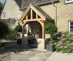Cotswolds Porch - Country - Entrance - yorkshire and the humber - by Oak By Design Cottage Front Doors, House Front Porch, Cottage Porch, Front Porch Design, Screened In Porch, Porch Designs, Cottage Living, Porch Oak, Porch Kits