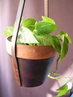 flower pot holder — a.b.k.