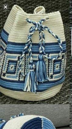 Cute Crochet, Easy Crochet, Knit Crochet, Tapestry Bag, Tapestry Crochet, Crochet Handbags, Crochet Purses, Hello Kitty Crochet, Mochila Crochet