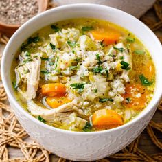 Instant Pot Chicken and Cauliflower Rice Soup (Low Carb) Zuppa di riso con pollo e cavolfiore Instant Pot (Low Carb) – Paleo Grubs Clean Eating Soup, Clean Eating Chicken, Healthy Eating, Low Carb Recipes, Healthy Recipes, Lowfat Soup Recipes, Paleo Chicken Recipes, Budget Recipes, Family Recipes