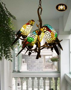 Vintage Tiffany Style Stained Glass Retro Five Parrot Pendant Lamp Chandelier. mom would have luved it in her office. Stained Glass Chandelier, Stained Glass Art, Mosaic Glass, Stained Glass Windows, L'art Du Vitrail, Room Lamp, Bed Room, Glass Birds, Vintage Lamps