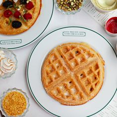 Start planning your London brunch spots for the weekend- waffles at The Ivy- yes please