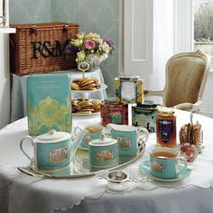 Fortnum & Mason's Luxury Tea Hamper