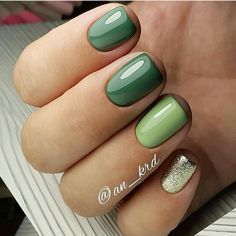 25 Elegant Green Nails Art Idea Luxurious nail-art, matched with shining jewelry, will give you the most fined look. Dream Nails, Love Nails, Pink Nails, Chic Nails, Stylish Nails, Gorgeous Nails, Pretty Nails, Green Nail Art, Dipped Nails