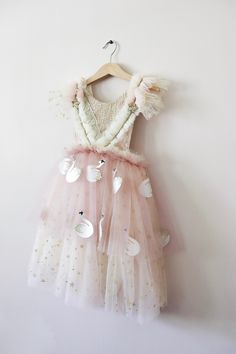 Handmade using a mix of soft tulles with sparklyStars and embroidered swans. He bodice is full of individually placed details with lace trimming, gold details, stars and ruffles. One of a kin. Little Girl Outfits, Little Girl Fashion, Little Girl Dresses, Kids Outfits, Kids Fashion, Flower Girl Dresses, Kids Dress Up, Baby Dress, Girls Wardrobe