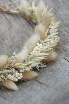 Flower Crown Bride, Floral Crown, Flower Crowns, Dried Flower Wreaths, Dried Flowers, Bridal Flowers, Flowers In Hair, Flower Hair Accessories, Rustic Flowers