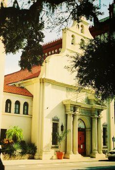 #staugustine #Florida #Jacksonville #oldtown #music #film #35mm #slr #photography #istillusefilm #downtown #church #stgeorgestreet
