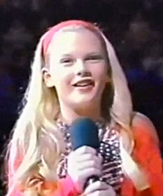 20 Pics Of Taylor Swift Before She Was Famous! | Trending.Report | Page 8