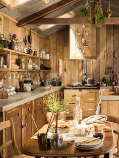Get Ready to Fall In Love with This Gloriously Rustic Tiny Cabin Tiny Cabins, Tiny House Cabin, Log Cabin Homes, Tiny House Design, Cottage Homes, Beach House Kitchens, Cabin Kitchens, Kitchen Interior, Kitchen Decor