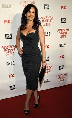 Carla Gugino has great cleavage in a sexy curve hugging little black dress and peep toe platform pumps on the red carpet Carla Gugino, Beautiful Celebrities, Beautiful Actresses, Black Celebrities, Beautiful People, Beautiful Women, Sergio Rossi, Horror Wedding, Jimmy Choo