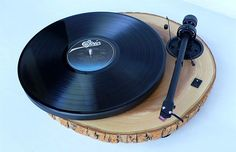Vinyl Junkies beware: Audiowood BARKY – The Wooden Turntable (7 Pictures)