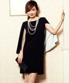 DRESS LAB(ドレスラボ)の「\平子理沙さん着用/大人上品ケープ風シンプルパーティードレス・ワンピース【結婚式・お呼ばれ対応】(ドレス)」 ブラック×ホワイト