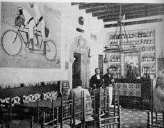 Interior taberna Els 4 Gats año aproximado 1900