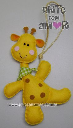 Girafinha de maçaneta by Arte com Amor by Eve, via Flickr