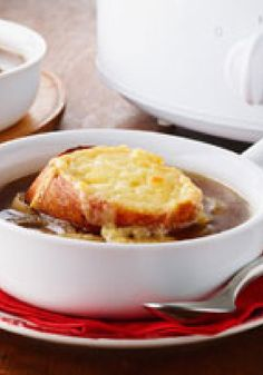 Slow-Cooker French Onion Soup – French onion soup from scratch? Yes, and it only takes 15 minutes to prepare. It's simply outstanding after a long, slow simmer in the slow cooker.