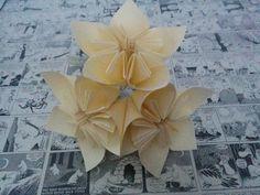 Kusudama-kukkavalopallo Tarvikkeet: 10 kpl A4 paperia kynä, viivotin, sakset liimaa Led-valosarja (vähintään 12 lediä, olen kä...