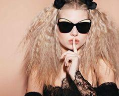 A modelo @lottiemossxo irmã de #KateMoss estrela a nova campanha de óculos da @chanelofficial fotografada pelo próprio Karl Lagerfeld! Todas as fotos no site. #LOFFama #chanel  via L'OFFICIEL BRASIL MAGAZINE INSTAGRAM - Fashion Campaigns  Haute Couture  Advertising  Editorial Photography  Magazine Cover Designs  Supermodels  Runway Models