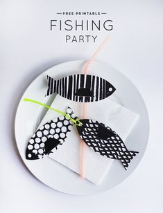 Printable Fishing Party (Oh Happy Day! Printable Crafts, Party Printables, Free Printables, Printable Fish, Origami, Valentinstag Party, Diy Party, Party Ideas, Animal Party