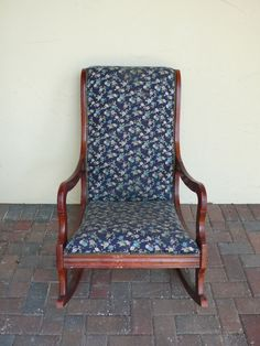 ... ! on Pinterest  Vintage rocking chair, Rocking chairs and Rockers