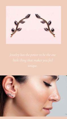Gold leaf earring ✨