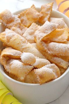 Gluten-free chat with Chiacchiere senza glutine allo yogurt Gluten-free chat with yogurt - Gluten Free Cereal, Gluten Free Sweets, Gluten Free Cakes, Gluten Free Recipes, Sin Gluten, Sweets Recipes, Snack Recipes, Gluten Free Cornbread, Gluten Free Appetizers