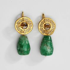 ancient fashion: Roman & Greek Roman emerald earrings, made century (source). Ethnic Jewelry, Jewelry Art, Gold Jewelry, Jewelery, Jewelry Accessories, Fine Jewelry, Jewelry Design, Fashion Jewelry, Statement Jewelry