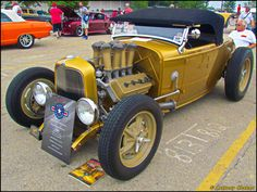 (1932 Ford Roadster Hot Rod)