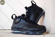 All Nike Shoes, Nike Boots, Black Nike Shoes, Tim Duncan Shoes, Denim Sneakers, Sneakers Nike, Fashion Boots, Sneakers Fashion, Tenis Basketball