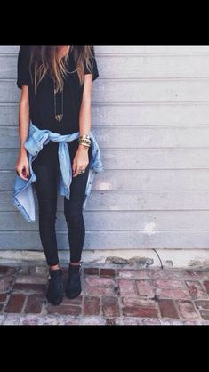 this is how I want to dress but I don't have any flannels to be able to do this or all black clothes like that.......
