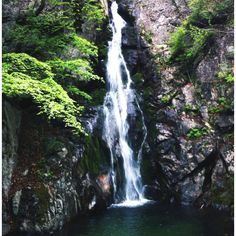 Huibang-waterfall(28m high) Mt Sobeak in Korea  (소백산 희방폭포)