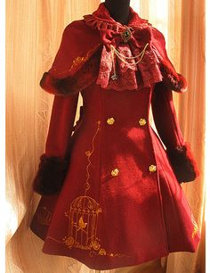Red Gliding Birdcage Pattern Metal Brooch Decoration Flannel with 50% Wool Lolita Coat