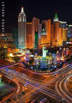 Smart garante a sua cidade uma distribuição de energia confiável e eficiente! http://www.siemens.com.br/desenvolvimento-sustentado-em-megacidades/smart-grid.html