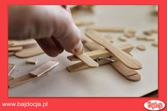 DIY Clothespin and Popsicle Stick Airplane - The Idea King Top Gun Party, Airplane Party Favors, Projects For Kids, Crafts For Kids, Travel Baby Showers, Travel Party, Mario Party, Lego Friends, Popsicle Sticks