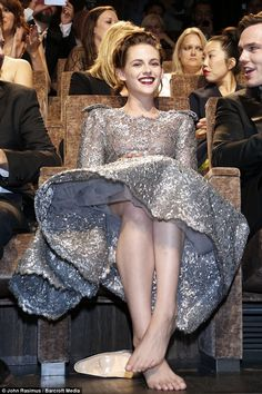 Sulky Kristen Stewart, known to the dumbed-down generation as K-Stew, is the latest leading lady to declare war on high heels