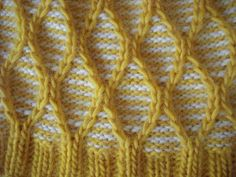 """for a """"similar"""" double bed fabric, solid pattern results from sts being slipped for 2 rows when contrast knits, and being transferred /knit on same color rows"""
