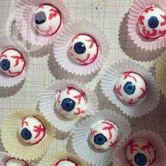Rezeptbild: Hartgekochte Eier als Augen