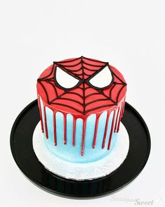 Swipe for a spiders eye view Spiderman Torte, Spiderman Birthday Cake, Superhero Cake, Birthday Cakes, Men Birthday, Birthday Gifts, Birthday Sayings, Happy Birthday, Birthday Greetings