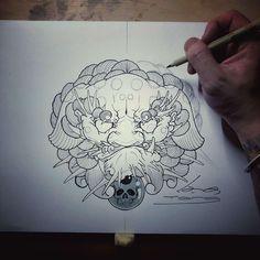 Foo Dog Tattoo Design, Tattoo Designs, Los Mejores Tattoos, Lion Dragon, Asian Tattoos, Helmet, My Love, Carp, Finding Nemo