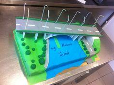 Bridge cake by Kavarium
